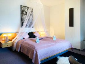 Romantikzimmer im Hotel im Erzgebirge