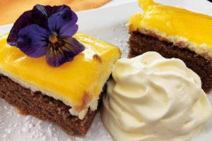 Desserts in Drei Brüder Höhe